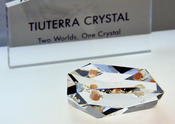 Yuri's Night 2014 TiuTerra Crystal