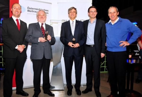 Yuris Night 2014: Verleihung des Polarsternpreises an Dr. Werner Weiss (2.v.l) und Dr. Otto Koudelka (3.v.l).
