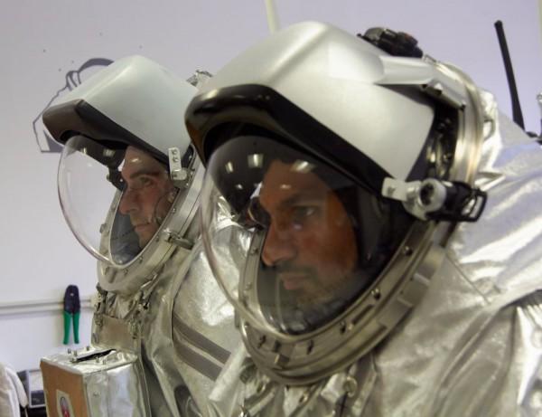 X-Ray: Joao Lousada (left), Sierra: Kartik Kumar (right) (c) OeWF (Paul Santek)