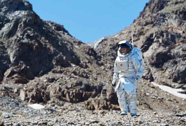 Analog-Astronaut Kartik Kumar auf EVA (c) ÖWF (Paul Santek)