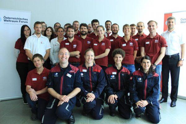 Am AMAT-Kurswochenende im August waren 25 Leute, Kursteilnehmer und Trainer, vor Ort in Innsbruck, wobei noch etliche mehr in der Vorbereitungsphase mithalfen – ein Dank und Grüße an alle! © ÖWF