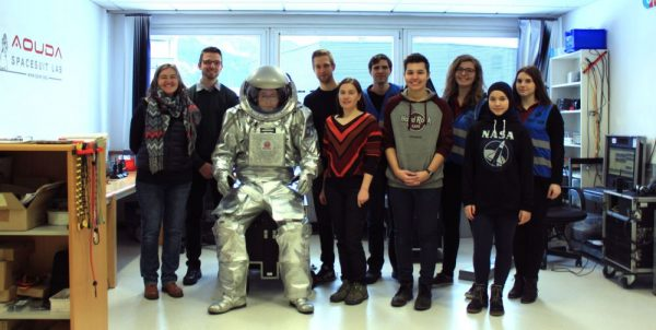 Teacher Training: Live demonstration of Europe's only Mars spacesuit simulator