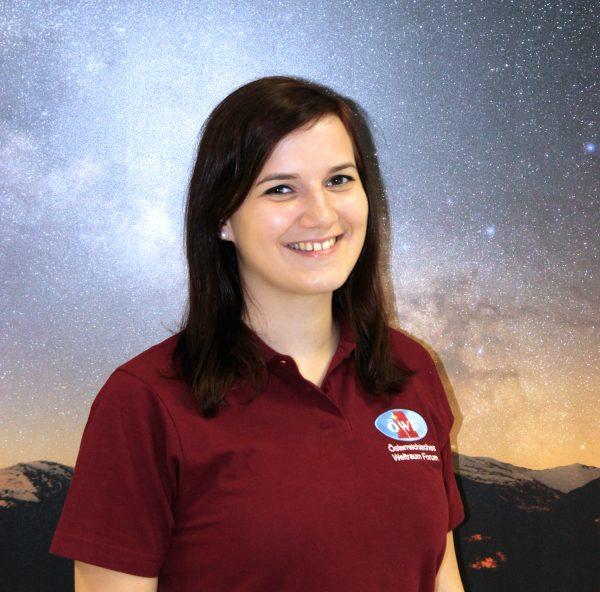 Lisa Danner, Praktikantin