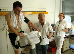 Physical check of the Aouda.X suit testers for the Rio Tinto 2011 mission