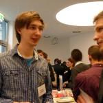 S. Wagner im Gespräch mit einem der Preisträger