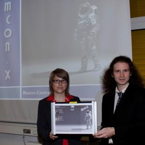 Lisa Sonnleithner & Michael Schober mit ihrer Arbeit