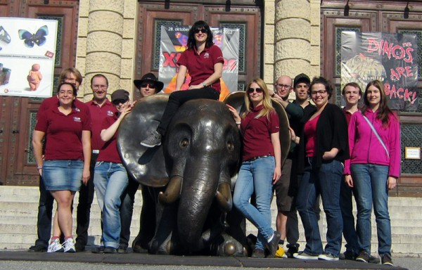 Workshop participants in front of the Museum of Natural History