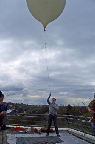 """Mission """"Air Sampler I"""" – Auf der Suche nach Leben in der Stratosphäre"""