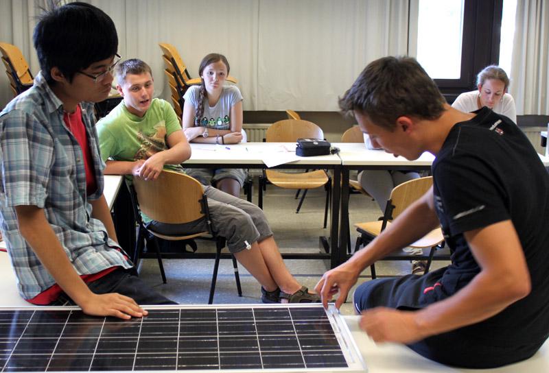 Jugendliche erforschten beim UniCamp den Mars
