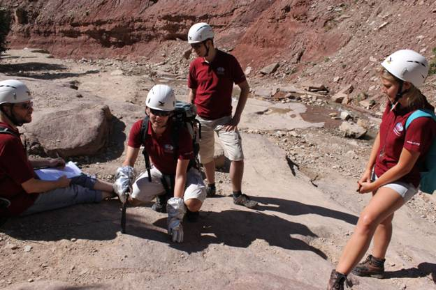 Getting your hands dirty for Mars: The second GeoScience Training in Innsbruck