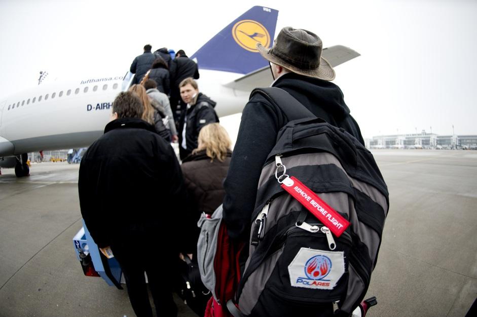 Field Team departure (c) OeWF(Katja Zanella-Kux)