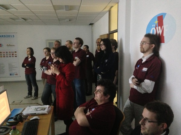 The MSC crew gathered in the Flight Control Room. © OeWF (Matthias Schmitt)