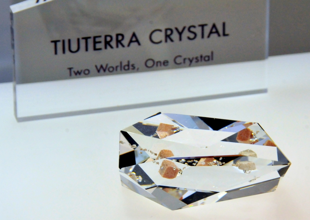 Yuri's Night 2014: Revealing the TiuTerra Crystal