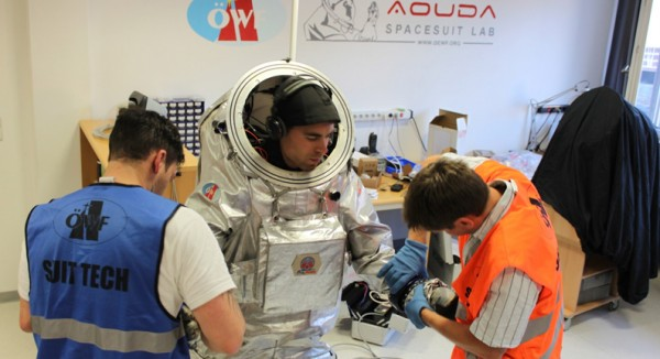 Analog Astronaut Training inside the Spacesuit Laboratory