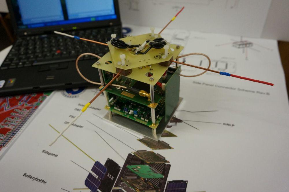 Kommunikationshardware für den Pegasus Nanosatelliten