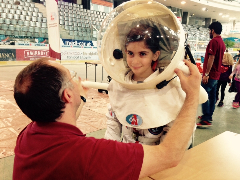 Internship 2015: Travelling to Mars and back!