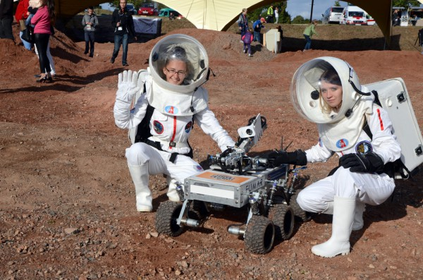 ERC2015 Rover & Spacesuits
