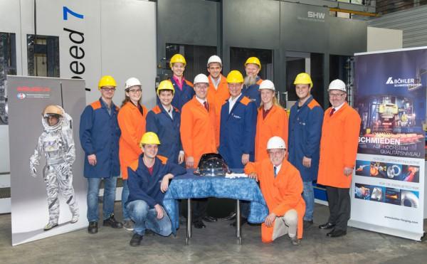 Group photo with OeWF delegation & Boehler Schmiedetechnik (c) voestalpine