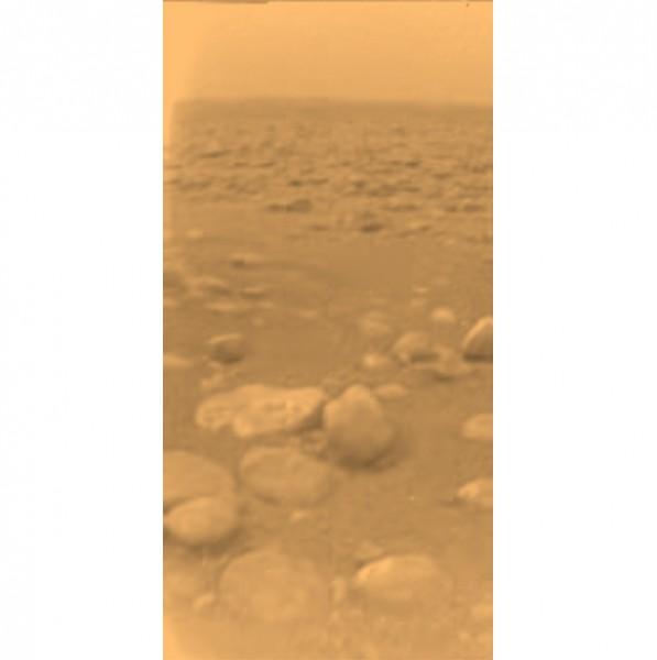 1. Bild vom Saturnmond Titan (c) ESA