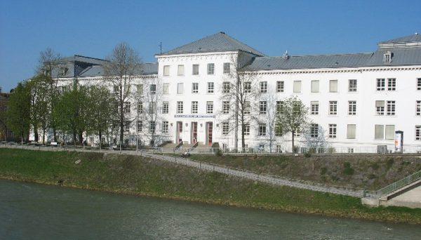 Das AustroMars MCC war im Christian Doppler Gymnasium untergebracht.