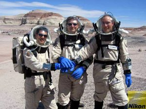 A.SOUCEK, N.FRISCHAUF AND G.GRÖMER REACH THE HABITAT AFTER SUCCESSFULLY LANDING ON MARS.