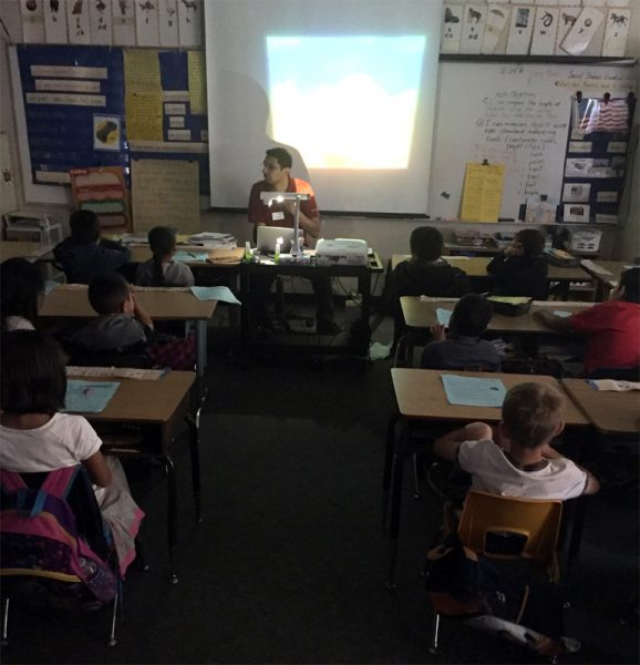 Kartik Kumar during his lecture at Orange Glen Elementary in California (c) Kartik Kumar