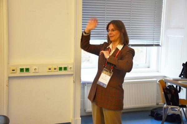 Bonnie Dunbar beantwortet die Fragen der Studierenden. Foto: HB2 / TU Wien