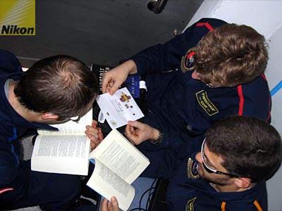 Commander's Report # 15, 2006-04-16