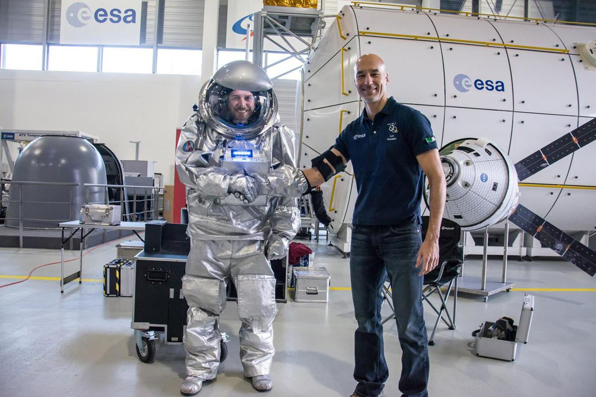 Analog-Astronaut S. Dobrovolny mit ESA Astronaut Luca Parmitano