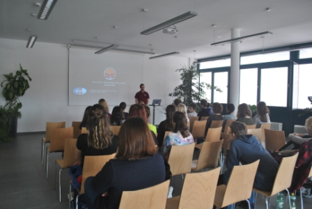 Yuri's Night talk in St. Johann with interested students.