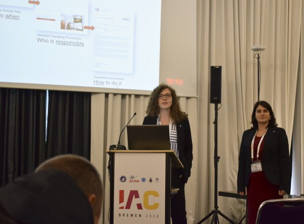 OeWF board members Sophie Gruber & Olivia Haider gave a talk on AMADEE-18 Junior Researchers Program