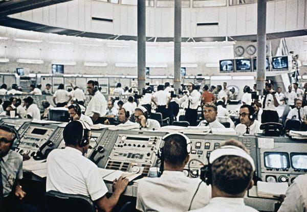 Mission Control Houston (c) NASA