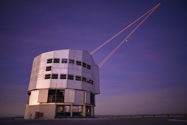 UT4 is firing a laser into the night sky to measure the atmospheric distortion. The adaptive mirror can then compensate the distortions. (c) OeWF (Olivia Haider)