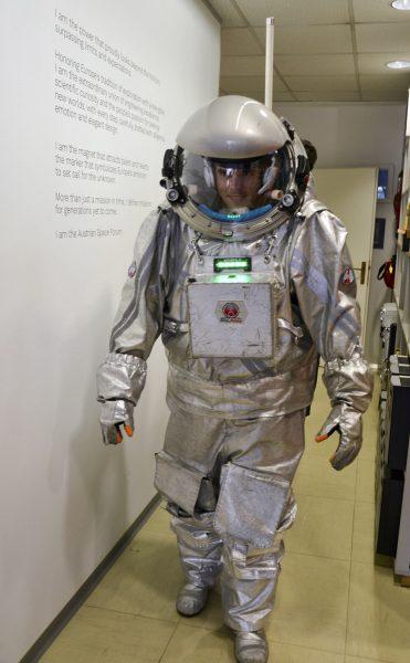 Analog Astronaut Robert Wild während seiner Trainings-EVA